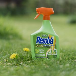 Resolva Lawn WeedKiller Extra Ready To Use on lawn