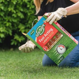 gro-sure fast acting lawn seed in use