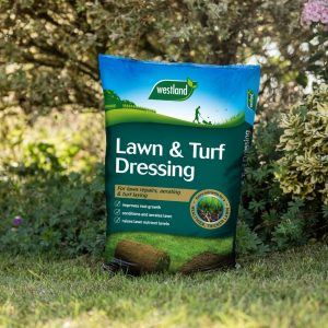 lawn and turf dressing lifestyle