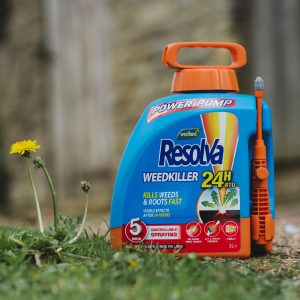 Resolva 24hr Ready to Use Power Pump 5 litre on grass