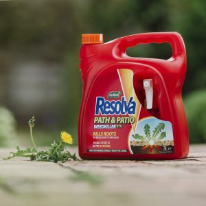 Resolva path & patio 3 litre ready to use in use