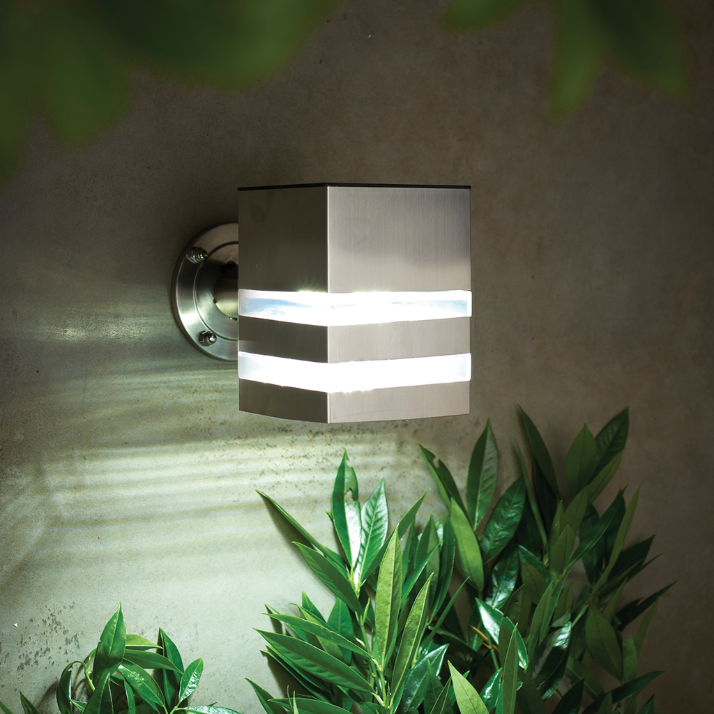 Solar Nassington Wall Light