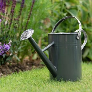 Kent & Stowe 4.5l cool grey watering can lifestyle