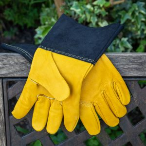 kent & stowe luxury leather gauntlet gloves mens lifestyle