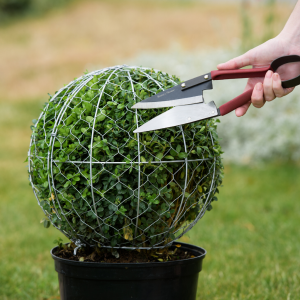 kent & stowe ball topiary frame lifestyle