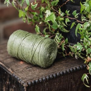 Kent & Stowe Poly Green Twine lifestyle