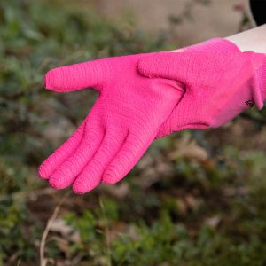 pink ultimate all round gardening gloves