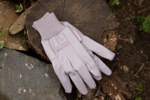 Water Resistant Light Duty Gloves lifestyle