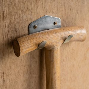 double tool hook in use